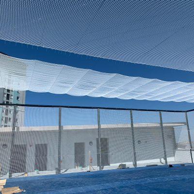 Cerramiento redes pista deportiza en azotea edificio-2
